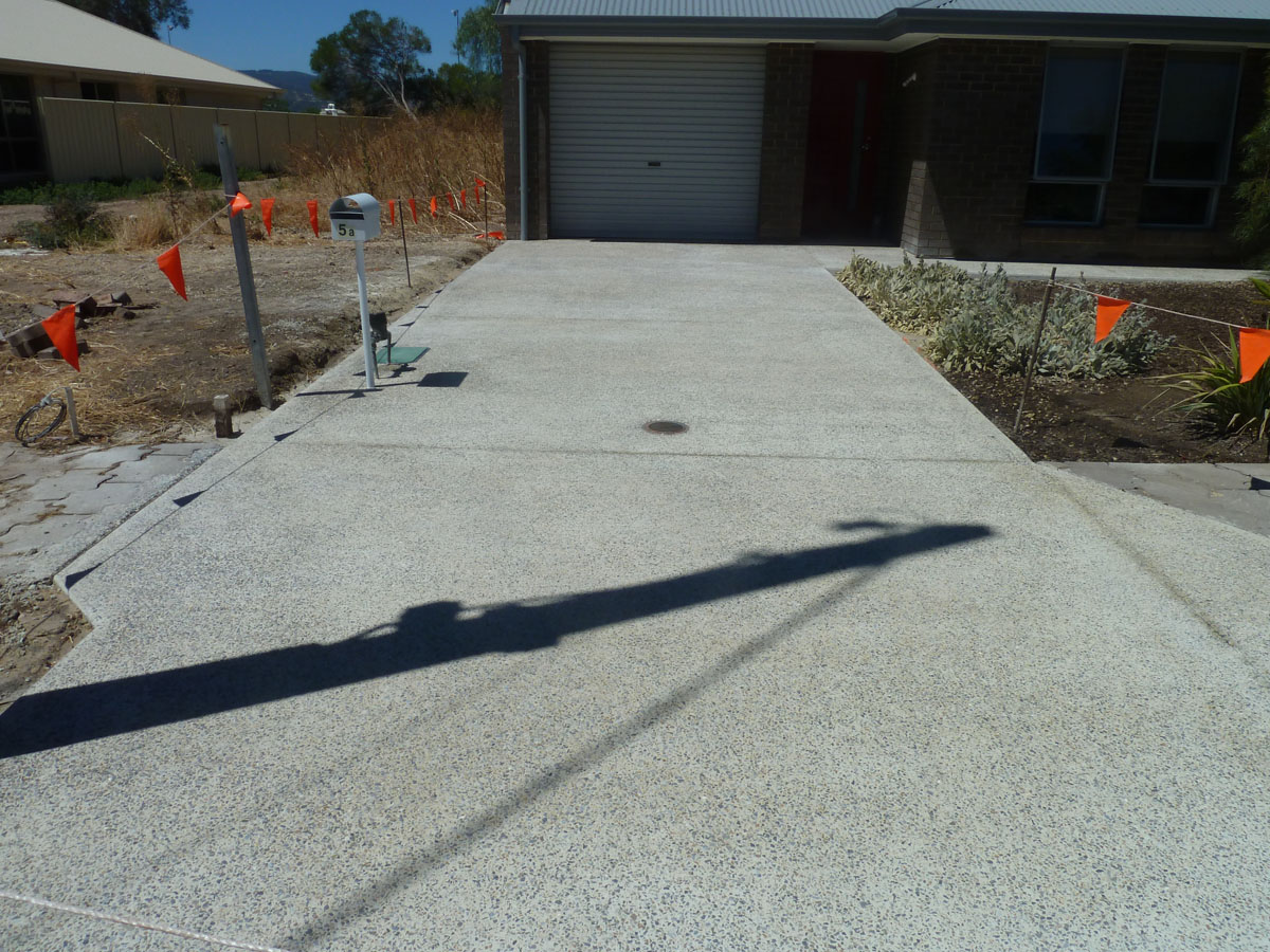 Washed aggregate psi pavements concreting services for Garage flooring adelaide